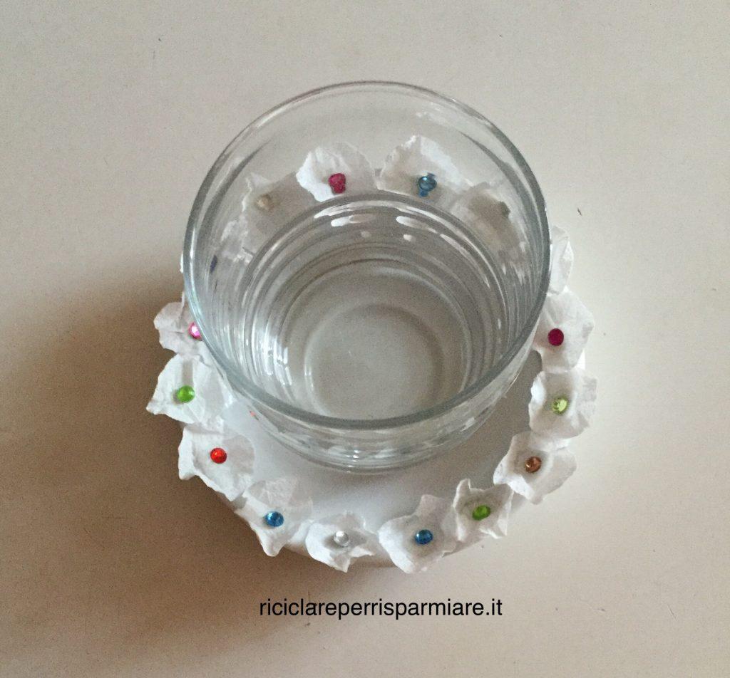 Sottobicchiere di porcellana