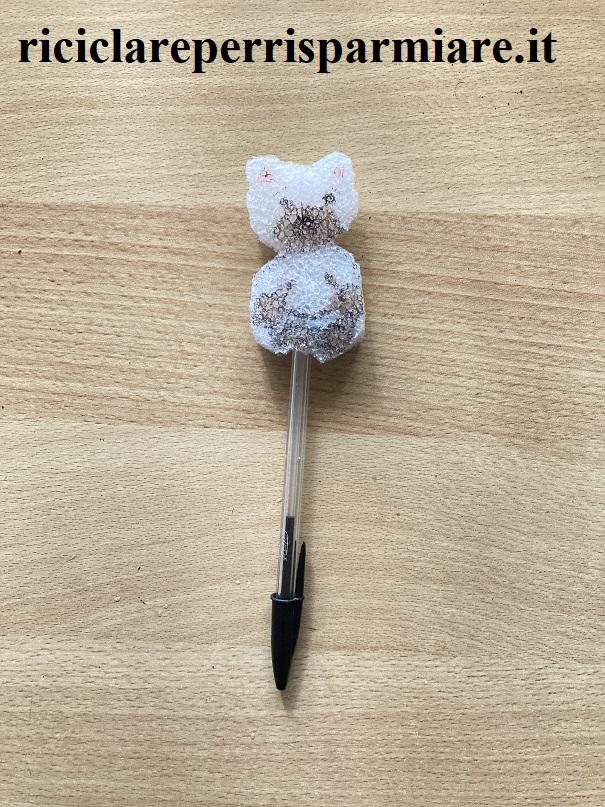 Penna con orso